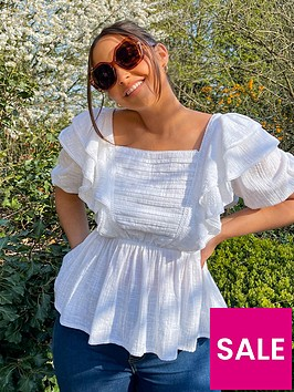 in-the-style-in-the-style-xnbspjac-jossa-frill-detail-cheesecloth-top-with-puff-sleeve-white