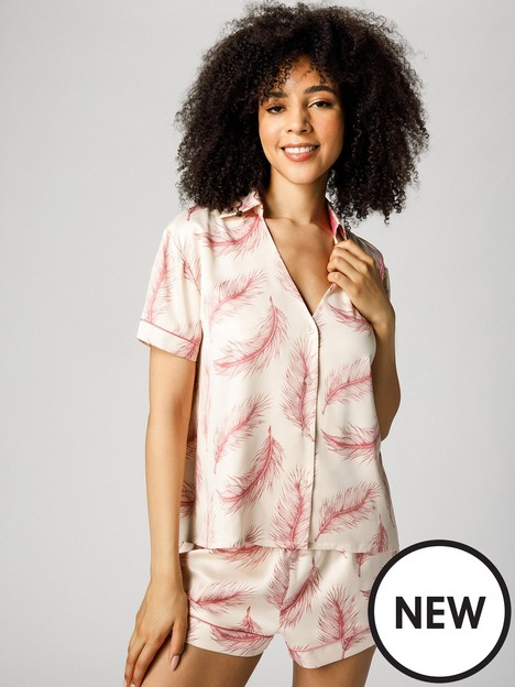 chelsea-peers-oversized-satin-feather-button-up-short-pj-set-creampink
