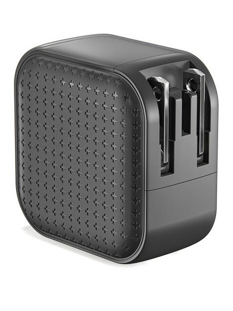 hyper-hyperjuice-66w-lifestyle-black-gan-charger-with-2xusb-c2xusb30-incl-travel-plugs