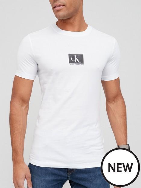 calvin-klein-jeans-cknbspjeans-small-centre-chest-box-t-shirt-white