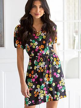 pour-moi-margot-woven-satin-short-tea-dress-black-floral