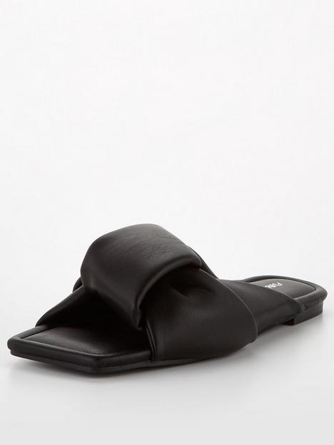 public-desire-apricot-sandals-black