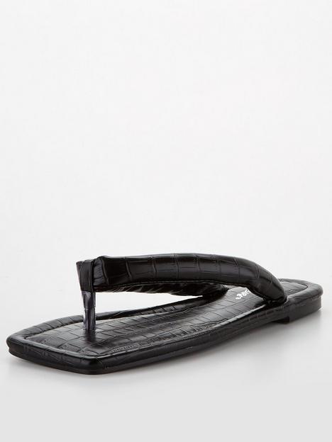 public-desire-admit-sandals-black-croc
