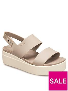 crocs-brooklyn-low-wedge-sandals