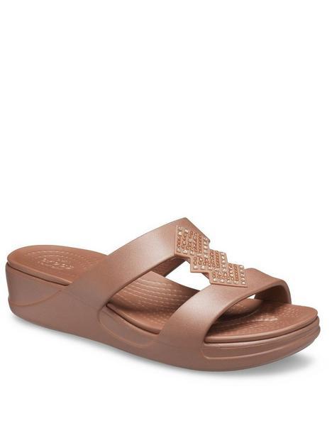 crocs-monterey-shimmer-flat-sandals