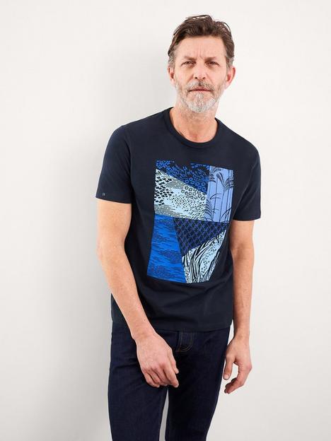 white-stuff-osaka-patchwork-organic-graphic-t-shirt-navy