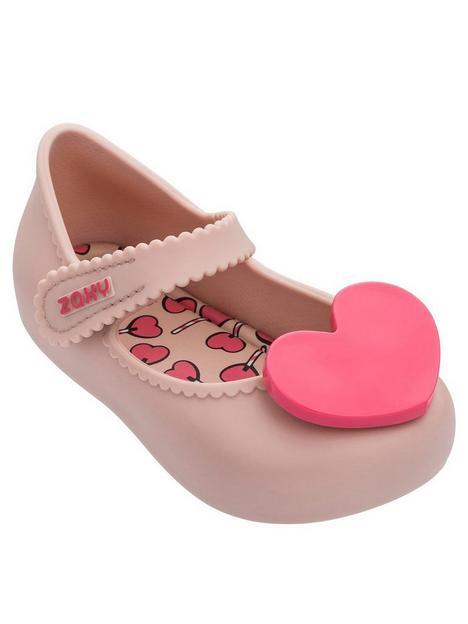zaxy-baby-love-heart-shoes
