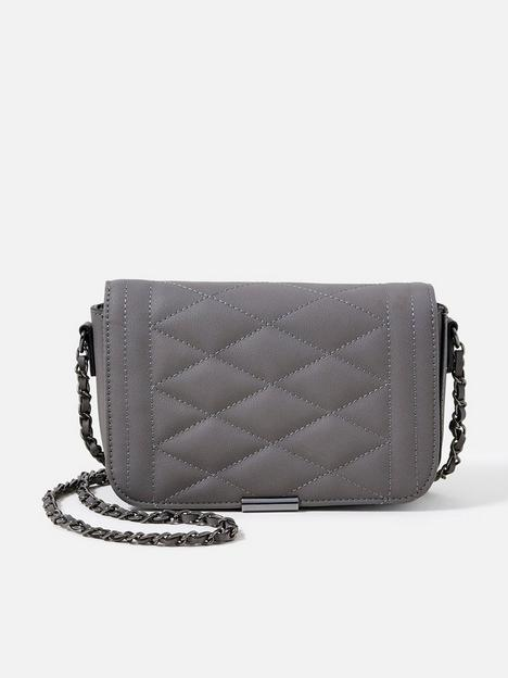 accessorize-chrissy-quilt-chain-x-body