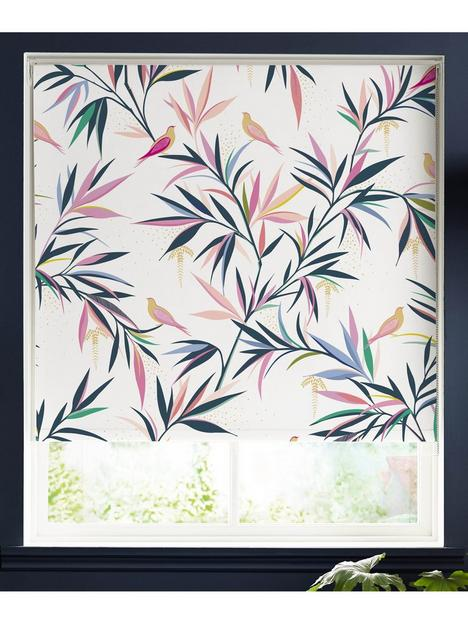 sara-miller-bamboo-white-150x162-roller-blind