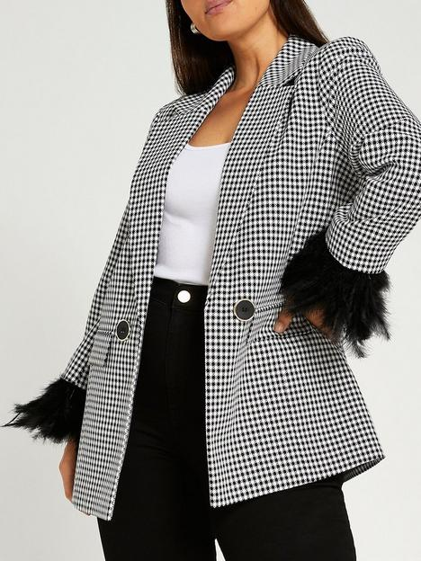 ri-plus-feather-cuff-blazer-black