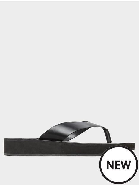 long-tall-sally-toe-thong-sandal-black