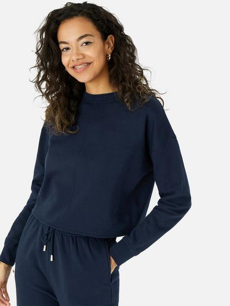 accessorize-lounge-cropped-sweater