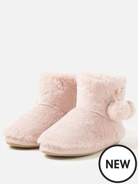accessorize-supersoft-slipper-boot