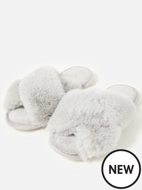 accessorize-super-lux-faux-fur-slider