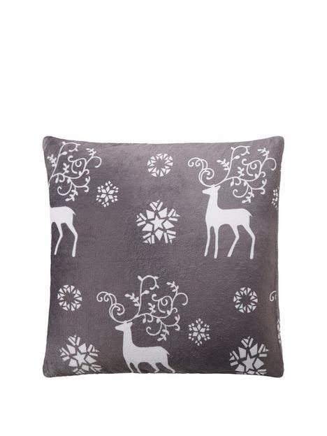cascade-home-christmas-stag-cushion