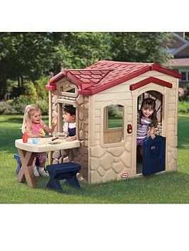 little-tikes-picnic-on-the-patio-playhouse